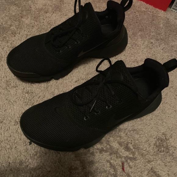 Delicioso envase Desconfianza  Nike Shoes   Black Nike Presto Air Max Running Shoe   Poshmark